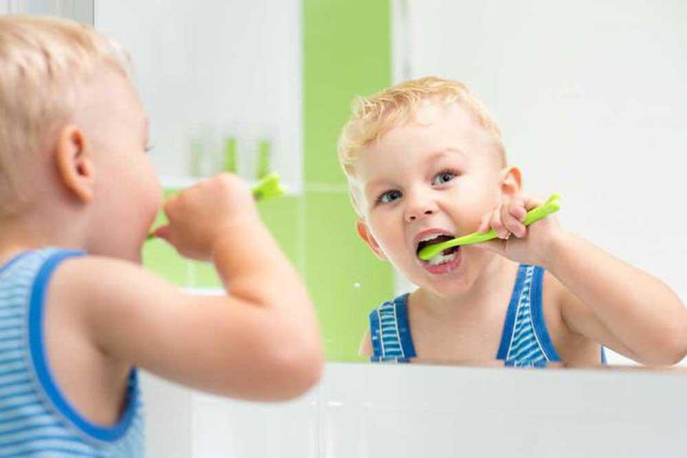 Có nên sử dụng bàn chải đánh răng điện cho bé